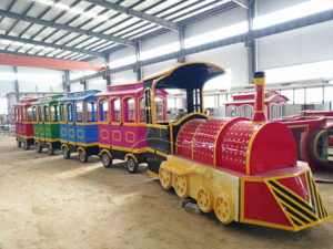 Good News: American Customer's Trackless Train Is Arranging Delivery!