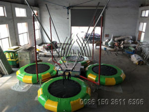 4 Person Inflatable Bungee Trampoline with Trailer