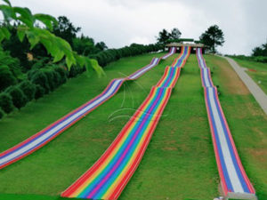 The Rainbow Dry Snow Bumpy Slope Slide